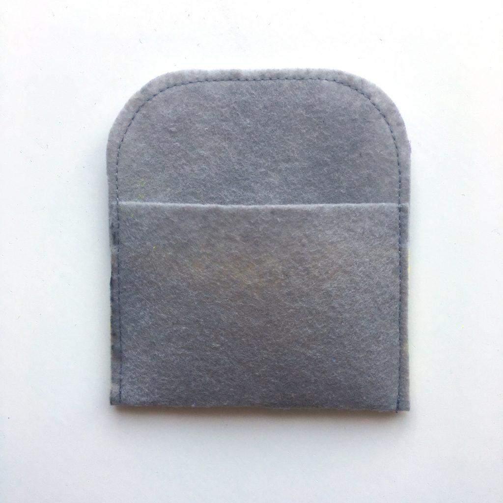 DIY Kartenetui aus Filz nähen made by Oni abgesteppt